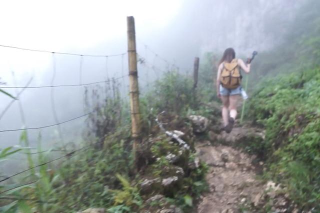 オスメニアピーク登山