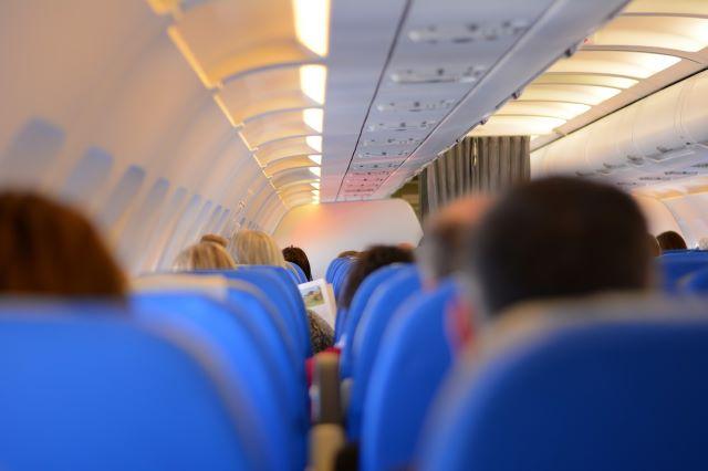 飛行機の乗客